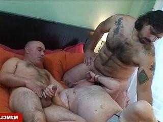 Horny hung hairy gay mans fucking