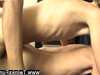 Amazing faggot scene This time hes torguysting Dean Holland and Jordan
