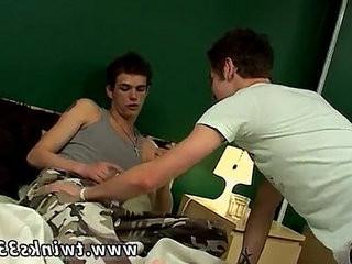 Amateur teen gay Hardsmokin Threesome!