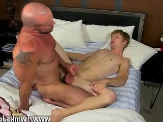 Twink singapore boy Check it out as Anthony Evans shootranssexual his jizz