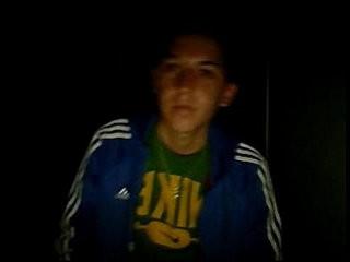 Jose Miguel, flaitecito con ceja depilada se pajea en webweb cam